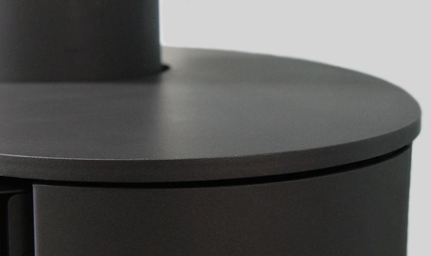 solveig-optima-acier-noir-focus-matiere.png